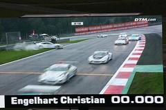 [120/366 DTM Spielberg 2015] Safety First (s.reip pictures) Tags: porsche audi dtm rennen spielberg regen motorsport r8 safetycar q5 medicalcar rennsport porschecarreracup nomenestomen redbullring dtm2015