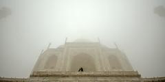@ Agra, UP (Kals Pics) Tags: travel light sun india mist history love monument weather fog architecture wonder pov perspective tajmahal agra legend mythology myth roi shahjahan cwc uttarpradesh mumtaz lordshiva goddessparvati rootsofindia kalspics chennaiweelendclickers