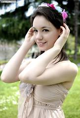denise_DSC7037modfirma (manuele_pagani) Tags: portrait flower green beauty hair blossom modeling outdoor denise hanami