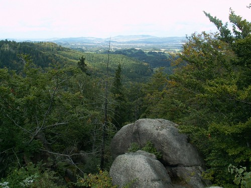 Widok z punktu widokowego na Zamku Bolczów