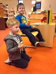 Voorleesontbijt in Bibliotheek Koewacht (Fotosite Bibliotheek Zeeuws-Vlaanderen) Tags: bibliotheek voorlezen voorleesdagen sluiskil voorleesontbijt koewacht