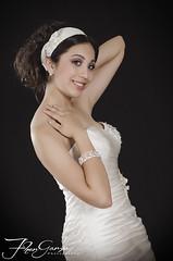 VAL_9152 (Fher_Garza) Tags: white fashion model dress modelo sweet16 nightdress whitedress quinceaera debutantes xvaos nikond7000 sweetxvi