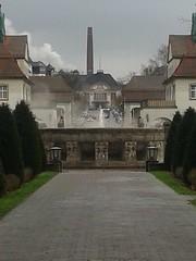 Brunnen (r.schwarzkopf) Tags: park amsterdam brunnen bad vogel imbiss nauheim reiher graureiher