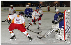 Hockey Hielo - 48 (Jose Juan Gurrutxaga) Tags: ice hockey hielo txuri urdin txuriurdin izotz icebluecats file:md5sum=2303e36ee0c90ac721c2ad07c335db62 file:sha1sig=c80b735d9c40aa09602694542a62b5a784a0b6f5