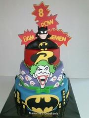 Batman Cake (mariannes gebaksels) Tags: cakes cake superhero batman friesland fondant taart verjaardagstaart taarten mariannes superhelden superherocake gebaksels superheldentaart batmantaart mariannesgebaksels