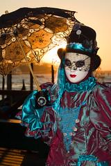Carnevale di Venezia 2016 (Claude Schildknecht) Tags: venice italy umbrella costume mask carnaval venise venezia venedig masque carnevaledivenezia2016