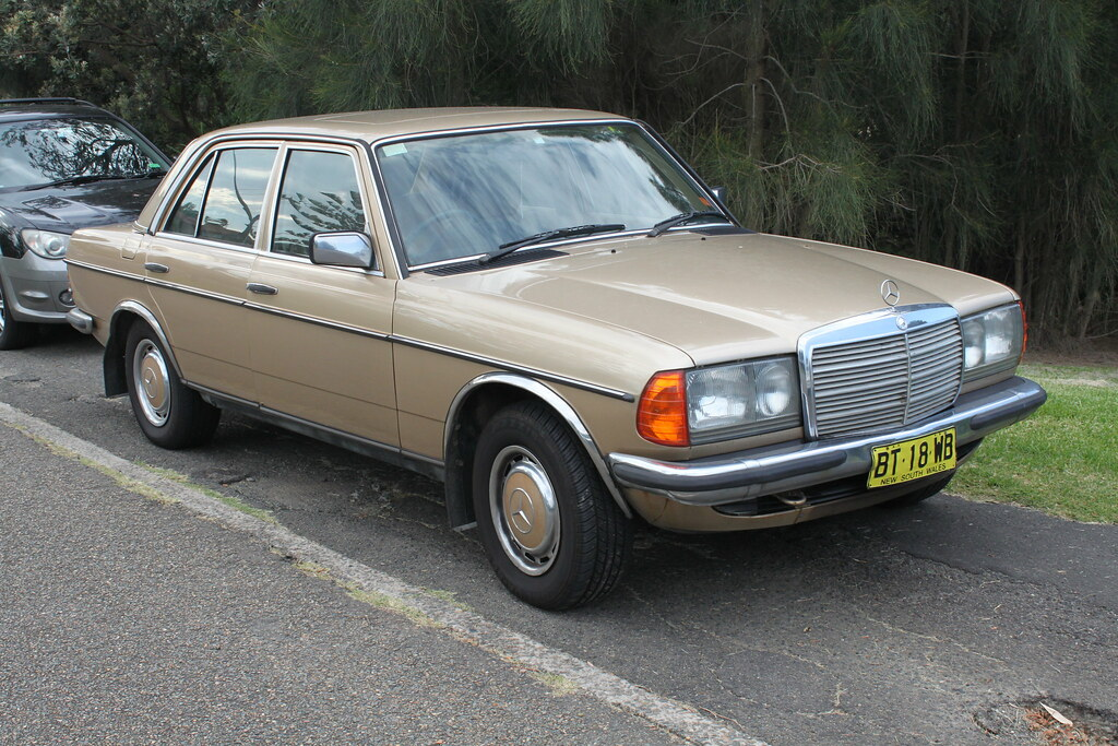 The world 39 s best photos of 280e and w123 flickr hive mind for Mercedes benz w123