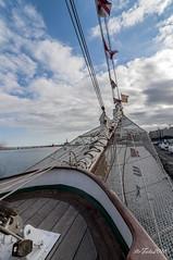 Bauprés y botalón de proa (letrucas) Tags: puerto mar barco cielo nubes santacruzdetenerife velero elcano bauprés botalón