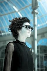 wOmAn FuTuRe (jarufocontreras@gmail.com) Tags: madrid woman fashion de glasses mujer chica crystal gothic el palace modelo fotos future gafas cristal retiro rostro negras palacio gtica sesin plido futurista