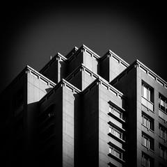 @Ebisu, Tokyo (Masahiko Kuroki (a.k.a miyabean)) Tags: bw architecture square noiretblanc 東京 x30 恵比寿 恵比寿ガーデンプレイス