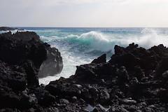 blue surf (BarryFackler) Tags: ocean sea beach nature water ecology outdoors island hawaii polynesia bay coast marine rocks waves pacific outdoor cove horizon shoreline spray pacificocean coastal shore foam land tropical coastline bigisland aquatic seashore surge kona saltwater seafoam endoftheworld kailuakona lavarock rockycoast littoral hawaiianislands highsurf konacoast hawaiicounty hawaiiisland keauhou sandwichislands westhawaii northkona kuamoobay barryfackler barronfackler