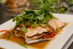 Chef Alex Ong 4/19-4/20/16 (UMassDining) Tags: fish alex salmon chef meal guest ong goodfood