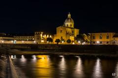 Ballade nocturne au bord de l'Arno (flo73400) Tags: night florence le firenze italie logexposure poselongue