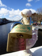 Dublin, Ireland (PaChambers) Tags: city bridge ireland urban dublin irish love spring europe capital eire liffey april romantic locks 2016