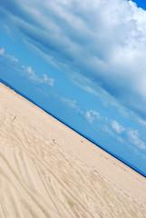 Duna branca. (CatastroF) Tags: africa travel blue praia friendship amizade azzurro viaggi amicizia amistad mozambique inhambane moambique tofo mozambico almosthome viaggiare andare viajosola nossaterragloriosa