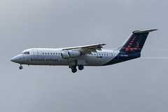 Brussels Airlines / Avro RJ100 / OO-DWE / EBBR 25R (_Wouter Cooremans) Tags: brussels aviation airlines spotting bru avro avrorj100 ebbr brusselsairport spotter airplanespotting rj100 avgeek oodwe 25r brusselsairlines