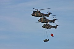 Up and away (Dreamcatcher photos) Tags: waterdrop tank airshow helicopter soe ysterplaat capetownsouthafrica dreamcatcherphotos