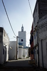 DSC01089 (hofsteej) Tags: lagune lagoon mosque morocco maroc oualidia