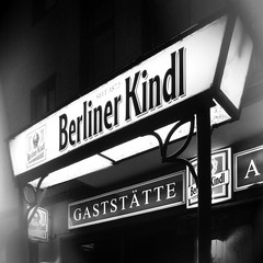Berlin-Gesundbrunnen, Wollankstrae, 2016 (Thomas Lautenschlag) Tags: blackandwhite berlin germany deutschland photography pub fotografie photographie noiretblanc allemagne gwb kneipe gesundbrunnen berlinmitte schultheiss pinte berlinerkindl gaststtte schwarzweis guesswhereberlin guessedberlin   wollankstrase thomaslautenschlag gwbjuste55 gaststtteamfriedhof wollankstrase67