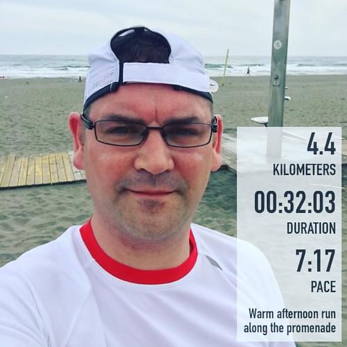 Warm afternoon run along the promenade #Spain #Torrox #running #nike #runhappy #fitsnap #nikeplus #instarunners #instagay #tomtom #cardiorunner #runspain #running #runner #run #coolhunterun  #runitfast #strava #irun #ilovetorun #runchat #runnersofinstagra