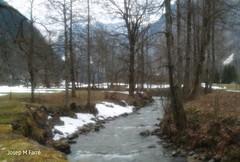 Lauterbrunnen 04-07 (Josep M Farr) Tags: river switzerland filter lauterbrunnen diffuser