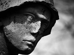 Kriegerdenkmal (janschu74) Tags: blackwhite memorial wwii schwarzweiss defeat denkmal niedersachsen wehrmacht niederlage lauenau