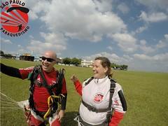 G0092546 (So Paulo Paraquedismo) Tags: skydive tandem freefall voo paraquedas quedalivre adrenalina saltar paraquedismo emocao saltoduplo saopauloparaquedismo