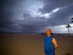 Waikiki Beach (JonathanWolfson) Tags: beach waikiki waikikibeach