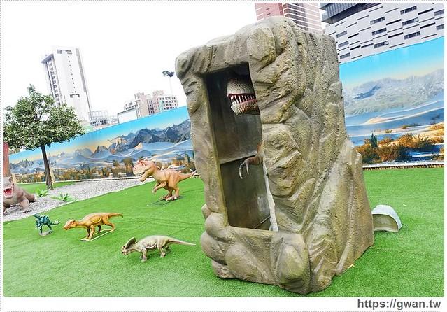 23414900053 a4e8cf2907 z - [台中展覽●西屯區] 台中侏儸紀樂園–全台唯一戶外大型恐龍展,展期2015/12/18~2016/3/17 ♪ 來看會動的恐龍