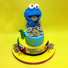 "9"" 3D Cookie Monster Cakes (patchias) Tags: putrajaya cakeshop johorbahru birthdaycakes cakehouse klangvalley customcakes kidscake nusajaya 3dcakes johorjaya teencakes klcakehouse"