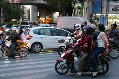 Bangkok, Thailand (Ryosuke Yagi) Tags: thailand town bangkok motorcycle タイ バイク 二輪車 thonglo バンコク トンロー