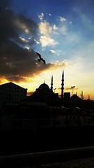 #istanbul #eminonu #flickr #samsung #instagram #clouds (toksozorcun) Tags: clouds flickr samsung istanbul eminonu instagram