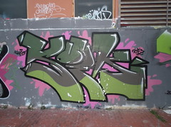 057 (en-ri) Tags: muro verde wall writing graffiti genova crew zena marrone rtf koek skeo rtfs