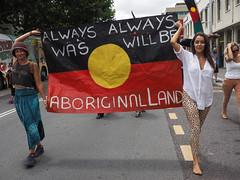 Always, always, was, will be, Aboriginal land! (Leo in Canberra) Tags: march rally protest australia canberra australiaday act indigenous invasionday garemaplace 1260171 26january2016 aboriginalandtorresstraightislanders lestweforgetthefrontierwars endtheusalliance closepinegap