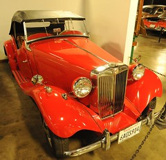 1953 MG TD (D70) Tags: california usa sports car museum speed four hp automobile drum 4 convertible mg cc topless cylinder brakes sacramento manual 54 1953 roadster td 1250 hydraulic lbs ohv 2065 2157