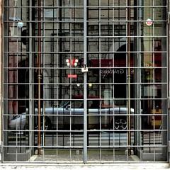 "fiat barchetta (archifra -francesco de vincenzi-) Tags: auto car square spider classiccar automobile fiat madeinitaly carré roadster fiatbarchetta italianstyle ""classic loveitaly archifraisernia francescodevincenzi"
