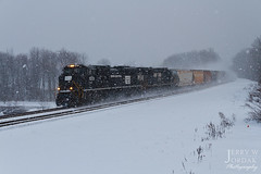 PC in the snow (jwjordak) Tags: ohio snow heritage train us unitedstates ns macedonia norfolksouthern 1073 sd70ace clevelandline train11v