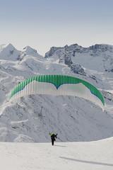 abflug (rothlisbergerthomas) Tags: schnee winter start berge paragliding gleitschirm gleitschirmfliegen