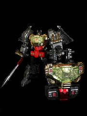 20160228_101300013_iOS (marcosit2) Tags: toys transformers wrath autobot dinobot grimlock 3rdparty combiner gcreations shuraking srk03 grimlocktoys
