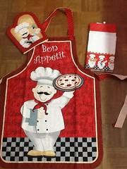 Conjunto cozinha bon appetit (ceciliamezzomo) Tags: bon red kitchen handmade cook apron vermelho patchwork avental cozinha mitten cozinheiro dishtowel luva appetit panodeprato