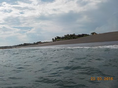 DSCN2039 (petersimpson117) Tags: lima pantai pererenan