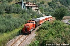 """""""Treno Dei Sapori"""" (Massimo Minervini) Tags: diesel cne iseo lagodiseo fnme franciacorta canon400d salemarasino lagosebino cne517 trenoturistico trenodeisapori lineabresciaedolo lineatd iseopisogne"""