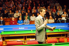 Rob Walker gets the crowd going (zawtowers) Tags: world championship theatre sheffield first rob mc walker round tuesday april players snooker 19th presenter crucible announcing 2016 betfred letsgettheboysonthebaize thehomeofsnooker