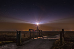 Stars and lights (looseartphotographie) Tags: lighthouse seascape nature long exposure nightscape nordsee schleswigholstein sterne northsee sternenhimmel lzb looseart loosebuhr