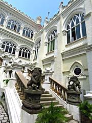 University Hall, University of Hong Kong, Pokfulam, Hong Kong  (Snuffy) Tags: hongkong universityhall autofocus universityofhongkong pokfulam