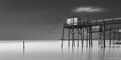 Team (Moises Levy L) Tags: longexposure red sea sky blackandwhite bw black france blancoynegro blanco architecture blackwhite seascapes geometry structures minimal hasselblad fishermens pilling phaseone carrelets