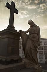 Del Solar - 0285 (Marcos GP) Tags: woman peru mujer lima escultura pena estatua dolor marmol mausoleo marcosgp doliento