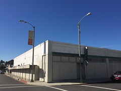Kitron Radio (jericl cat) Tags: sign radio vintage neon warehouse streamlined pomona kitron