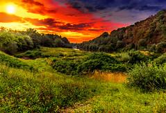 Colors of Nature II (lichtbild_total) Tags: red sky sun color green rot nature berg germany deutschland sonnenuntergang outdoor himmel landschaft sonne gruen farben ebv heiter eos6d