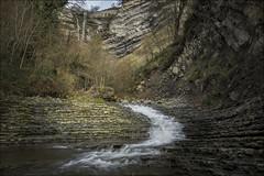 Cascada Gujuli (Explore) (Jose Cantorna) Tags: agua nikon paisaje alava euskadi araba cascada d610 gujuli
